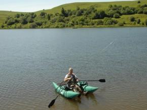 Ponton boat plus facile à maneuvrer que le Float tube